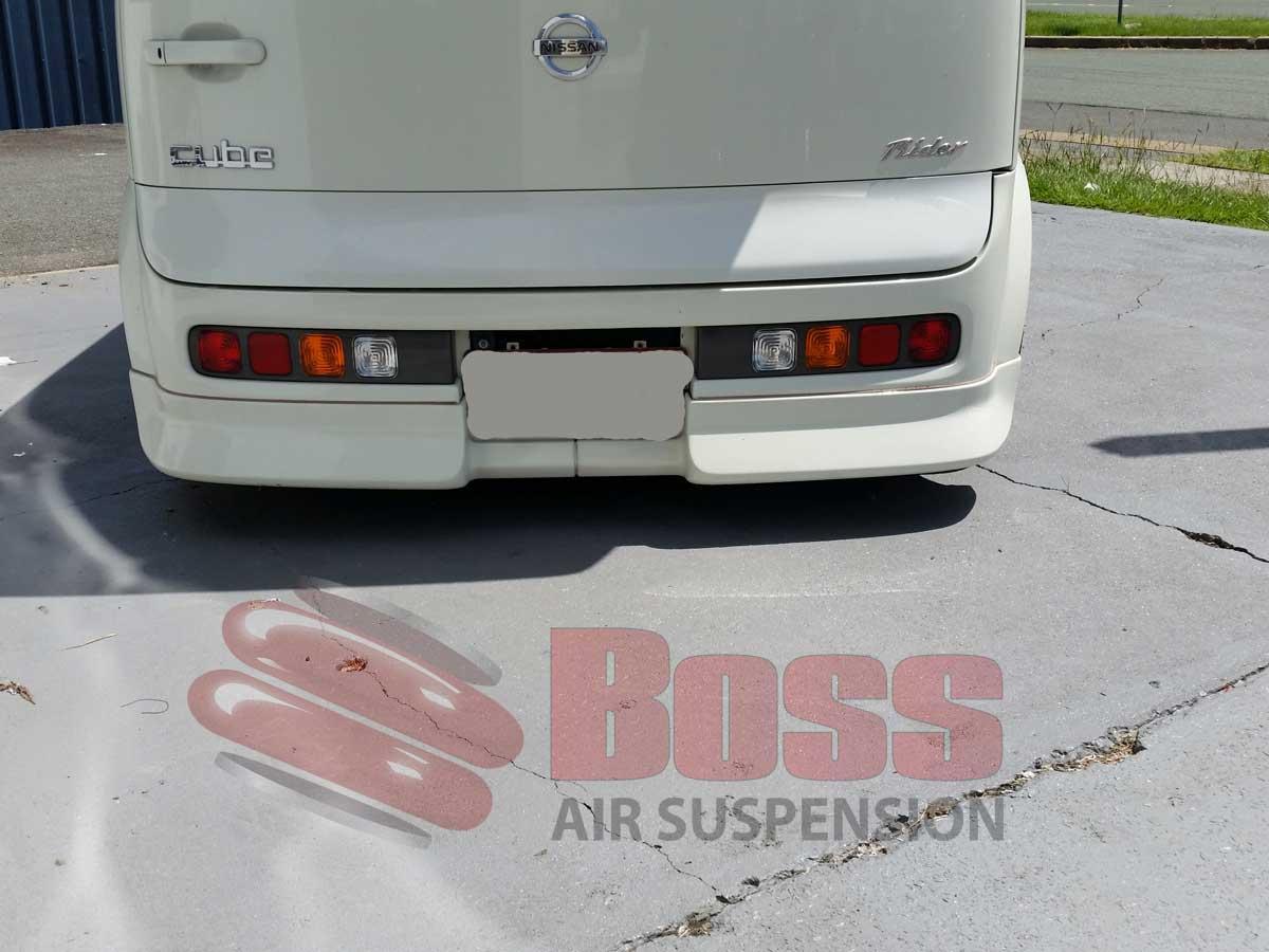 Nissan-Cube-Rear--0PSI